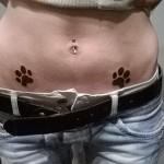 inkin - tatouage pattes de chat sur aine - blow jack's tattoo.jpg