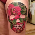 inKin-tatouage-sugar-skull-couleur-cuisse-FRESH INK TATTOO.jpg