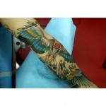 inKin-tatouage-aigle-bras-couleur-HAND IN GLOVE TATTOO.jpg