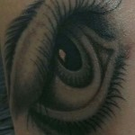 inkin - tatouage oeil - body r evolution.jpg