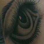 inkin - tatouage oeil - body r evolution.jpg