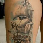 inkin-tatouage-bateau-cuisse-decorporel-realiste.jpg