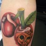 inkin-tatouage-cerises-bras-dom-tattoo-studio-colomiers-graphique.jpg