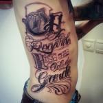 inkin - tatouage calligraphie typographie sur côtes - BPS tattoo.jpg
