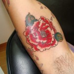 inkin-tatouage-floral-bras-dermo-estetika-graphique.jpg