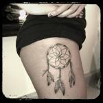 inkin - tatouage attrape rêve sur la cuisse - link art tattoo.jpg