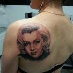 inkin - tatouage réaliste marilyn monroe sur dos - crea thor tattoo.jpg