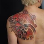 inkin - tatouage carpe koi sur l'omoplate - nuevo mundo.jpg