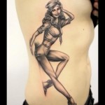 inkin - tatouage pin up sur les cotes - marilyn tattooshop.jpg