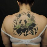 inkin - tatouage panda dans le dos - l'encre peau.jpg