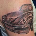 inkin - tatouage voiture sur épaule - absolum tattoo family.jpg
