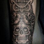 inkin - tatouage hibou sur bras - black heart tattoo.jpg