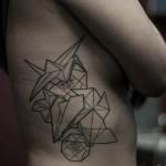 inkin - tatouage origami sur cotes - anomaly tatouage.jpg