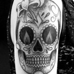 inkin-tatouage-sugar-skull-bras-FABULOUS TATTOO WORKSHOP-generaliste.jpg