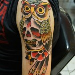 inkin - tatouage hibou crane old school sur épaule - briko tattoo.jpg