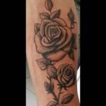 inkin - tatouage roses sur bras - asp.jpg