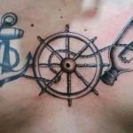 inkin - tatouage ancre sur le torse - Le Sale Quart d'Heure.jpg