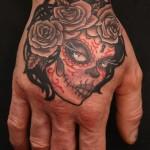 inkin - tatouage portrait sur la main - octopus tatouage.jpg