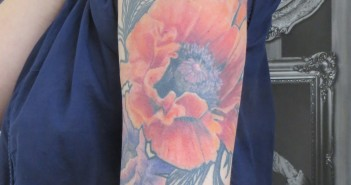 inkin - tatouage de coquelicots realistes - anne - klaim street tattoo