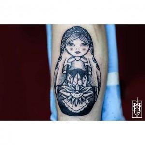 hand in glove ben tatouage inkin