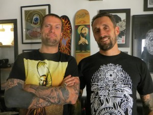 inkin - flow et romain hand in glove tattoo
